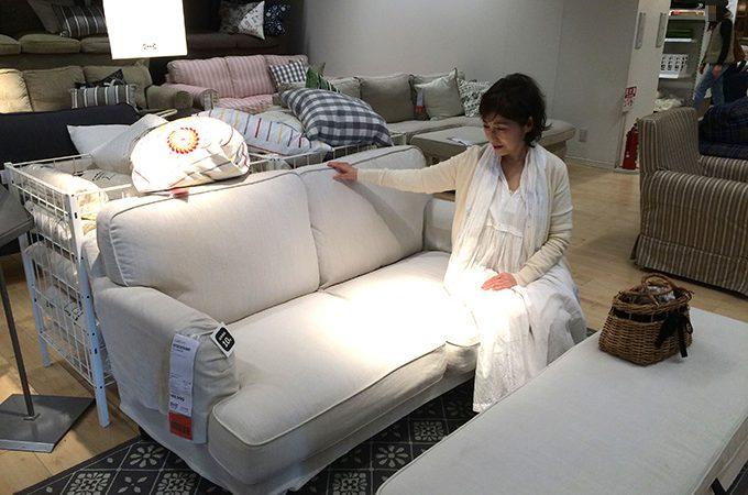 青柳さんと、モデルハウスの家具選びへ!